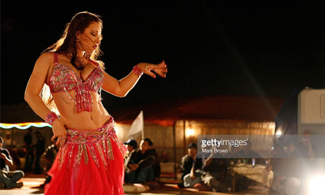 nye abu dhabi Belly Dance